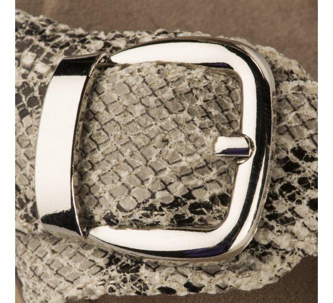 Nu pieds fille - REFRESH - Python