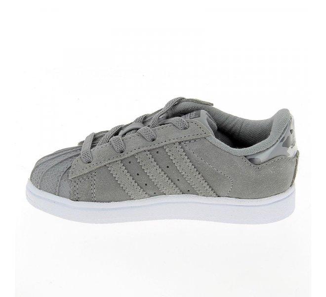 Chaussures Adidas gris garçon - SUPERSTAR Daim Croute Gris - CM0830